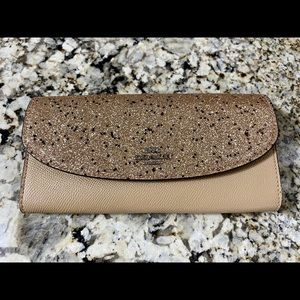 🔥🔥🔥Brand New Coach Leather Wallet🔥🔥🔥